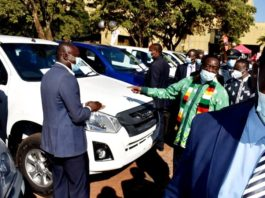 Mnangagwa Hands Over Brand New Cars To Traditional Chiefs